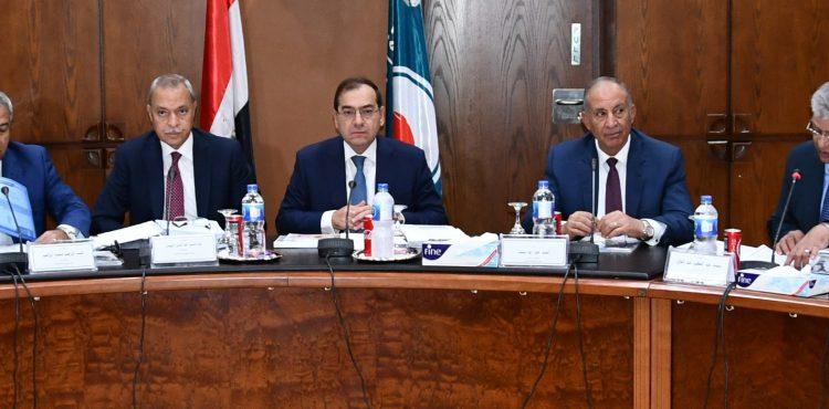 Ganope Prepares to Sign Four Petroleum Agreements
